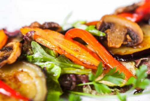 Грибы с овощами