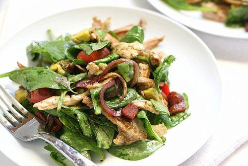 Салат с вяленой курицей