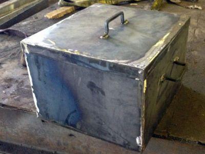 Коптильня из листового металла