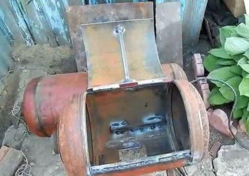 Отверстие для доступа к генератору дыма