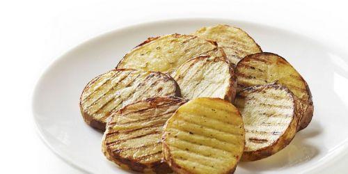 Картошка, приготовленная на гриле
