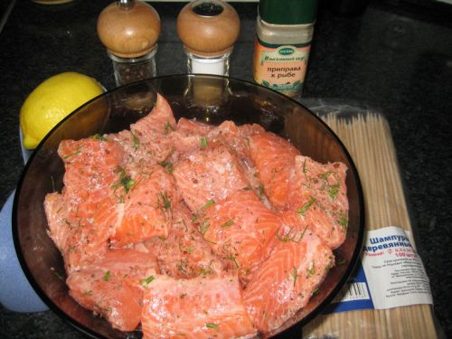 Красная рыба в маринаде
