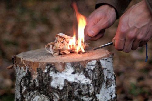 Разжигание с помощью кремния и металла