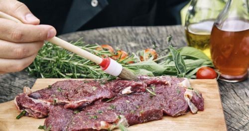 Маринование говяжьего стейка