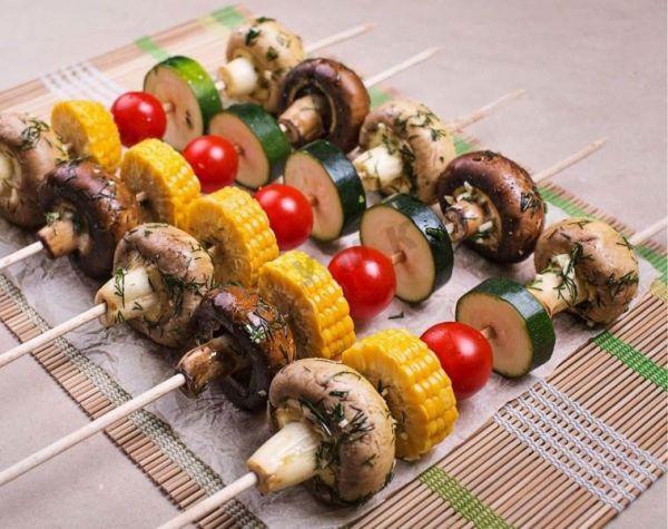 Шашлыки из овощей и грибов