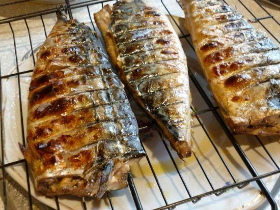 Рыба барбекю на углях