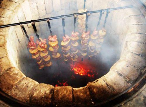 Приготовление шашлыков в тандыре