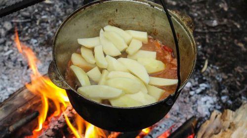 Картофель в казане