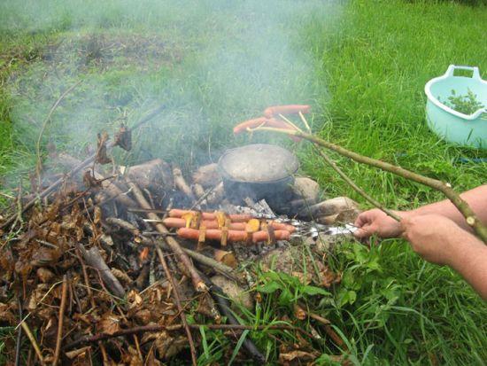 Сосиски на шампурах