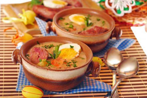 Суп с колбасой и яйцом