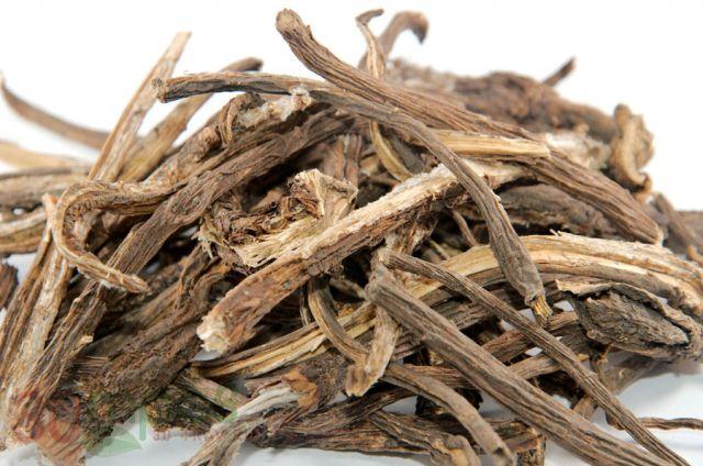 Сушеные корни лопуха