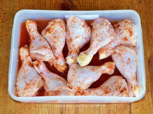 Куриные ножки в томатном маринаде