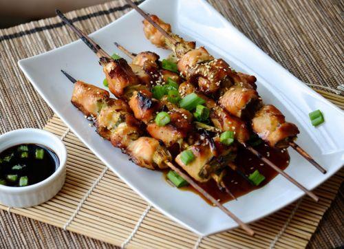 Шашлычки из курицы с кунжутом