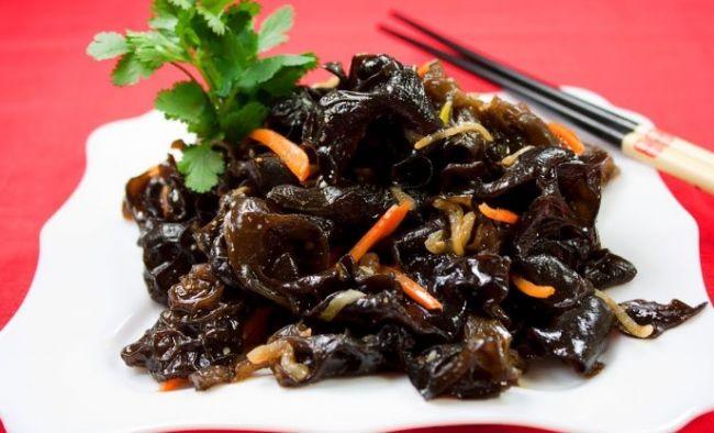 Салат по-корейски из древесных грибов