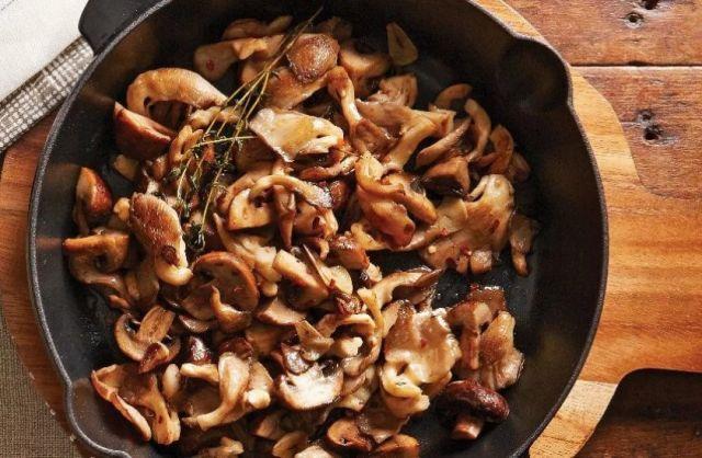 Блюдо из грибов козлят