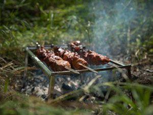 Приготовление шалыка в лесу