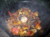 Баранина в казане с овощами