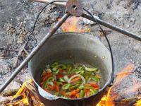 Приготовление овощей на костре