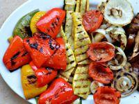 Овощи, приготовленные на мангале