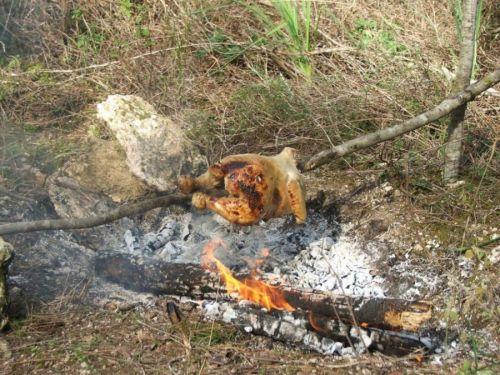 Приготовление курицы на вертеле