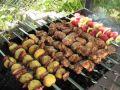 Шашлыки из картошки, мяса и овощей